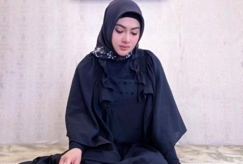 Banyak Ibadah di Bulan Ramadhan, Kini Princess Syahrini Tampil Lebih Islami, Netizen pun Kagum!